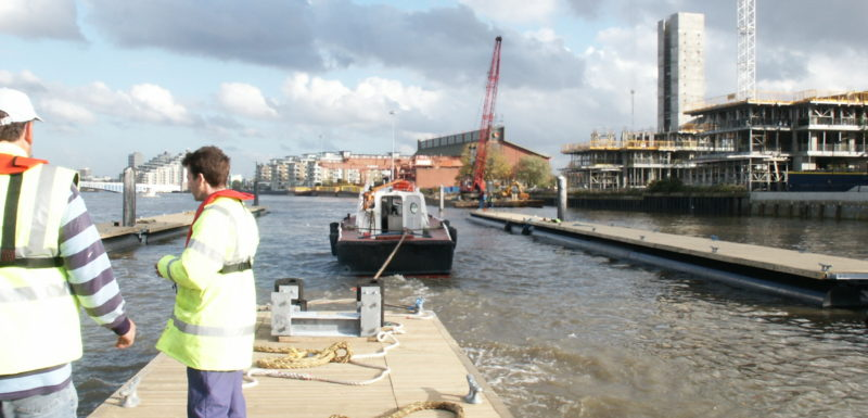 Installation of Pontoons at Wandsworth