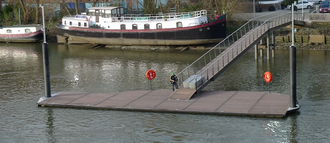 New Rowing Pier at Kew Bridge, River Thames
