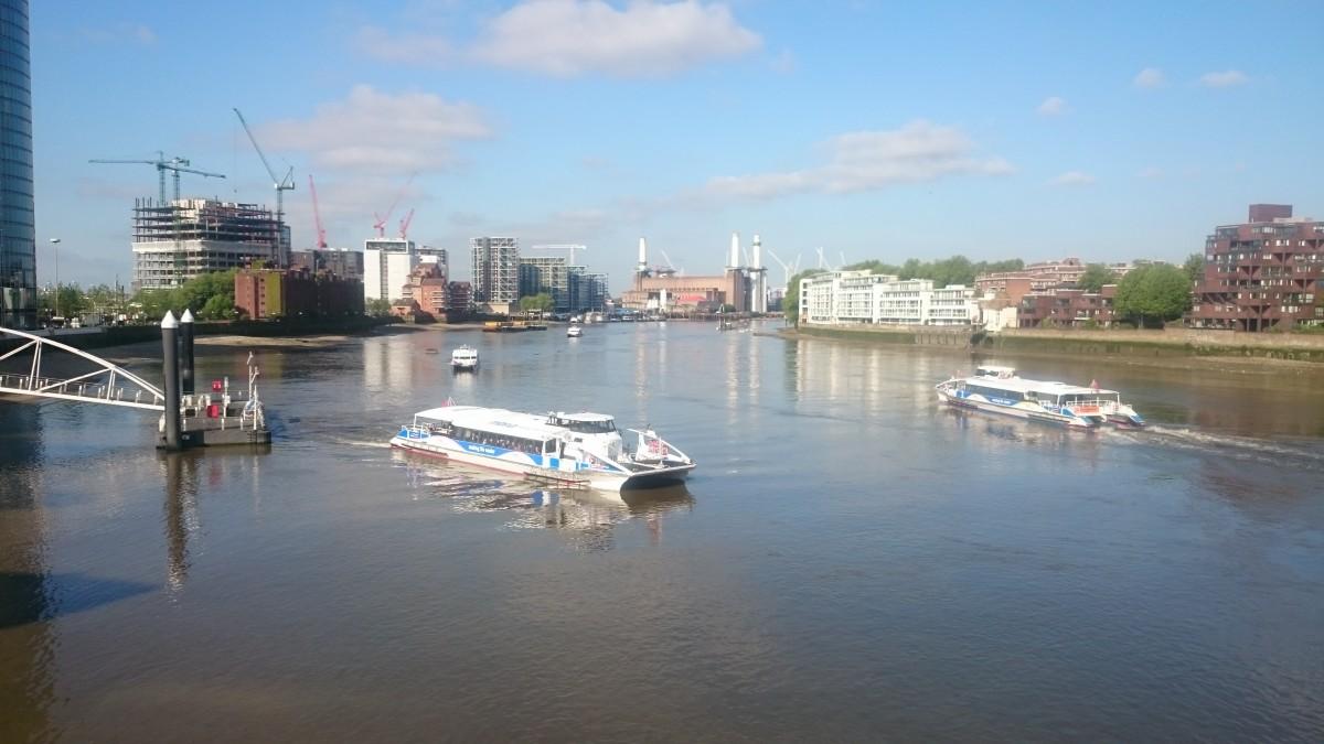 Passenger Transport On The Thames